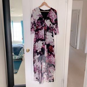 **NEW MARCIANO FLORAL DRESS**